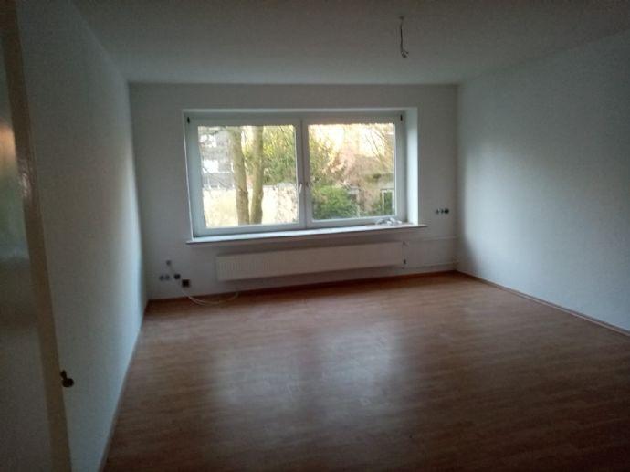 Renoviert Wohnen mit Balkon und