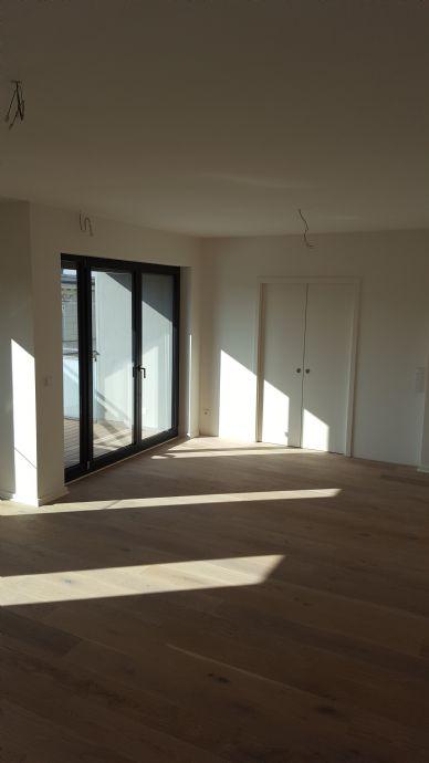 helle 3-Zimmer Wohnung mit 2 Balkonen im Waldstraßenviertel