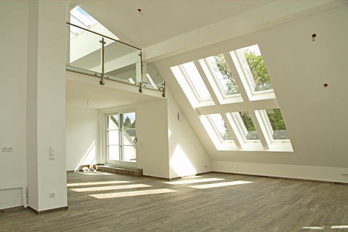 Penthouse mit viel Licht - Neubau unmittelbar an der Würm in Obermenzing