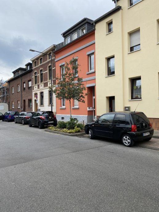 Schönes 2 Familienhaus in Alsdorf-Hoegen