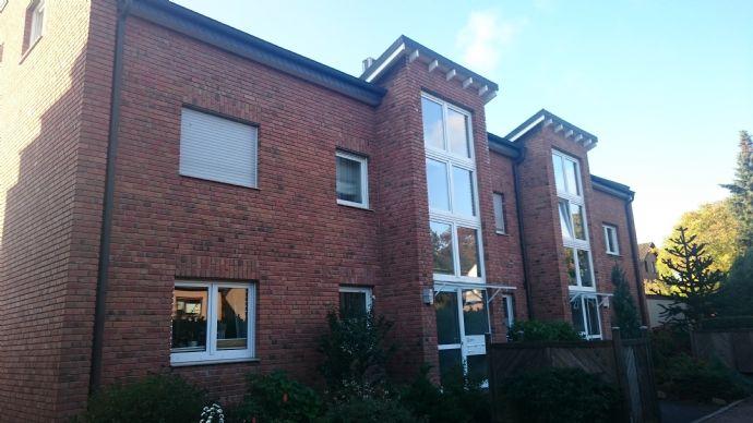 Gepflegte 3,5-Zimmer-Maisonette-Wohnung mit Balkon und Klimaanlage in Bottrop-Kirchhellen
