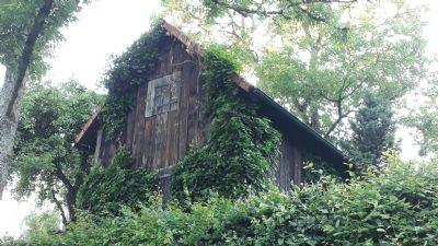 Schorndorf - Ein eigenes Gartenparadies mit großer Hütte