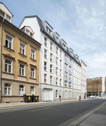 Modernes Mikro-Apartment im Neubau! Zentral & teilmöbliert mit Balkon!
