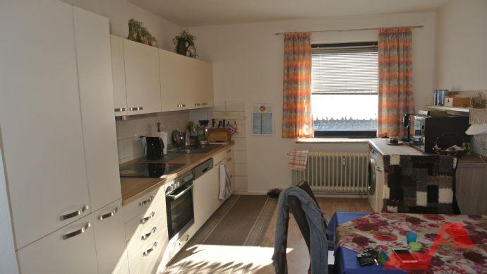 -  sanierte 2-Zimmer-Mietwohnung in zentraler Lage