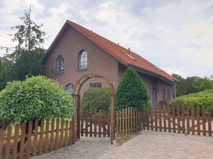 Sehr helles und geschmackvoll gestaltetes Haus in Müssen