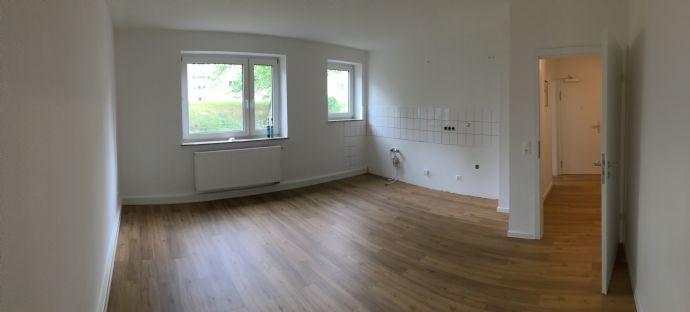 Ihr neues Zuhause - 2 Zimmer in der 1. Etage mit Balkon!