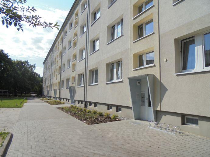 3-Zimmer-Wohnung in der 3. Etage mit Balkon ab dem 01.07.2020 zu vermieten