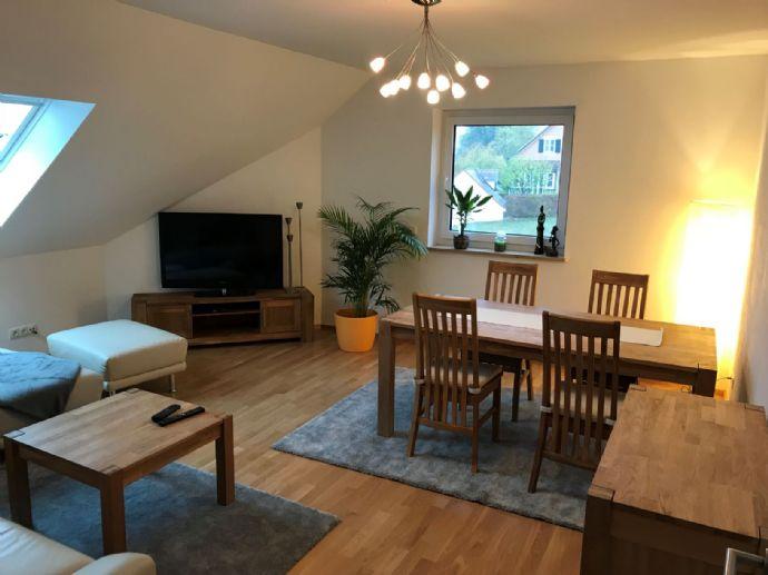3-Zimmer-Wohnung mit Einbauküche und Balkon in Aurachtal zu vermieten