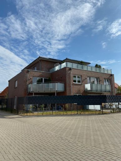 Neuwertige Erdgeschosswohnung