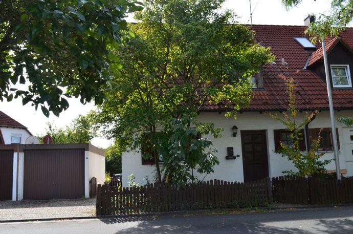 ÖKOTEKT DHH in grüner, ruhiger Lage mit Garage in Großenseebach
