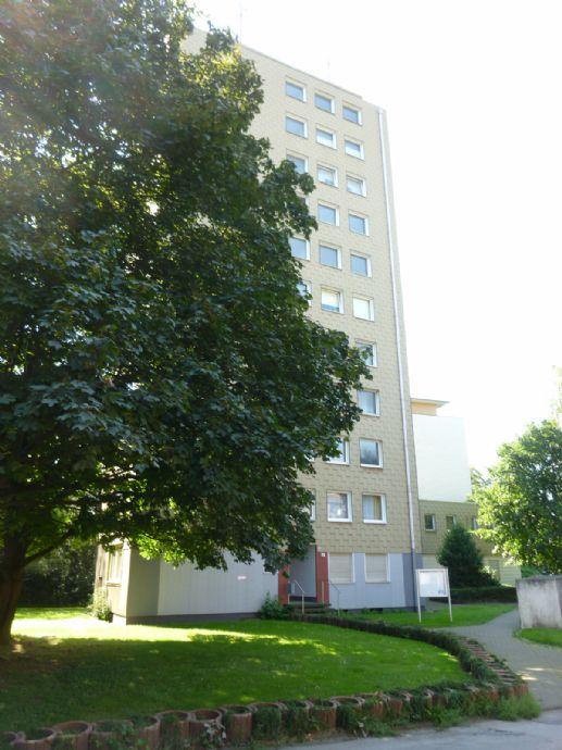 renovierte 2 1/2-Zimmer-Wohnung in Duisburg-Mittelmeiderich Nähe Stadtpark