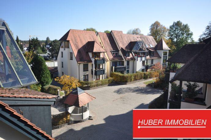 Traumhafte Wohnlage vor den Toren des Fischbacher Pellerschlosses ~ 2,5 Zi-Maisonette mit Loggia und Dachterrasse, EBK, TG