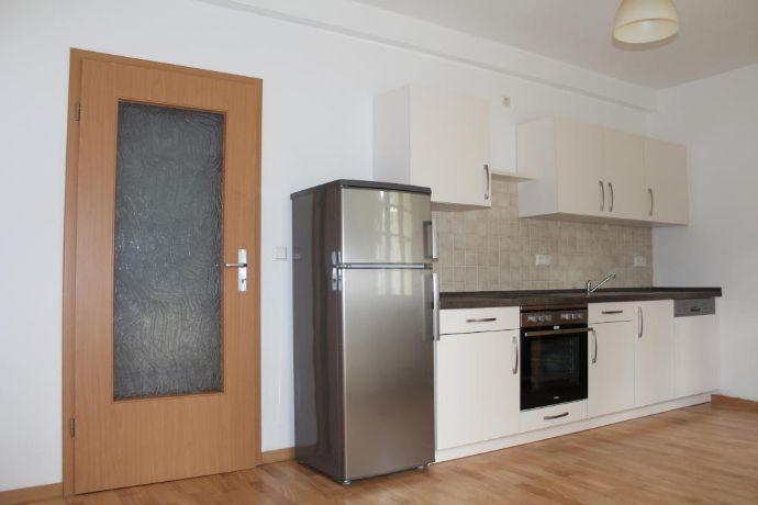 Schicke Wohnung für Zwei mit Einbauküche