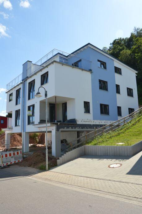 Penthousewohnung links über 2 Etagen mit großer Dachterrasse und toller Fernsicht