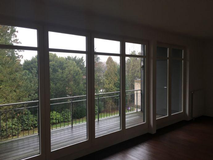 2 Zimmer großer Balkon - in ruhiger Lage