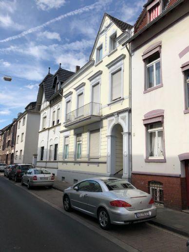 Gemütliche und grosszügige Dachgeschosswohnung im Zentrum von Viersen zu vermieten