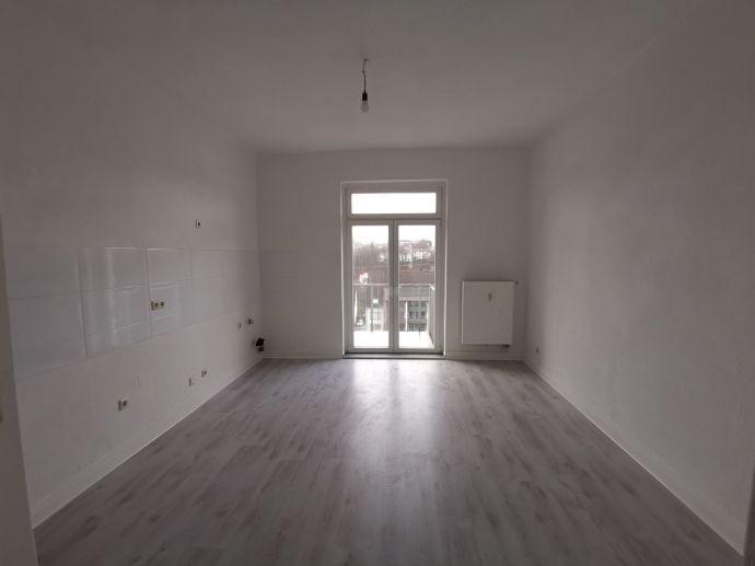 Großzügige Wohnung in guter Lage mit Balkon