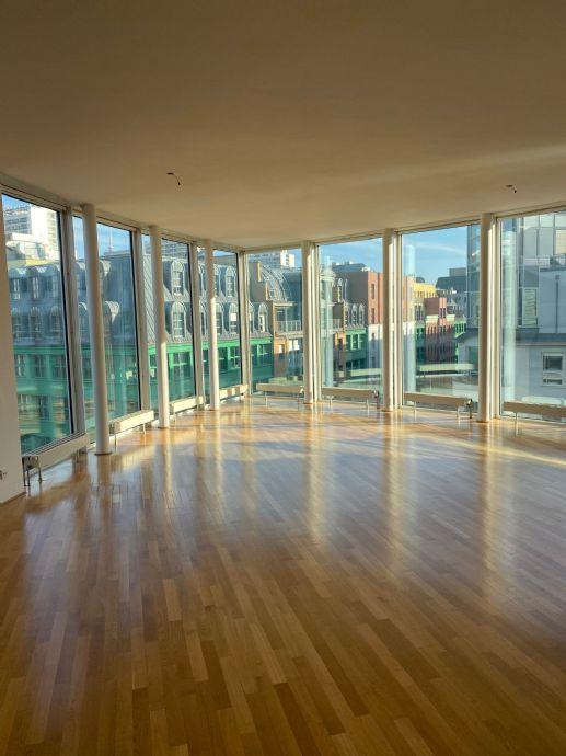 Sonnige 3-Zimmer-Wohnung mit Ausblick im Herzen Berlins