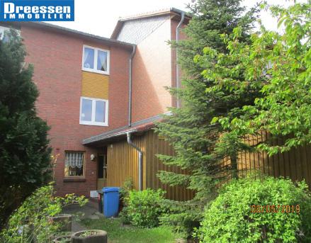Büsum: Gepflegtes Reihenhaus mit 5 Zimmern auf drei Etagen im freundlichen Neubaugebiet