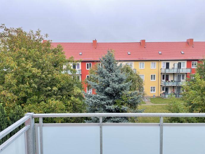 Ihr neues Zuhause: 3 Zimmer, saniertes Bad, Balkon