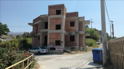 Westpeloponnes Renditeobjekte, Mehrfamilienhäuser, Geschäftshäuser, Kapitalanlage