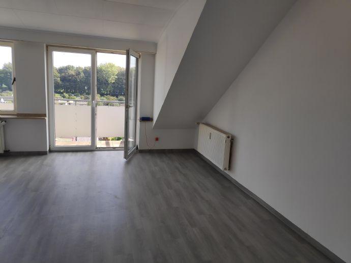 3 Zimmer Wohnung in Duisburg (Mittelmeiderich)