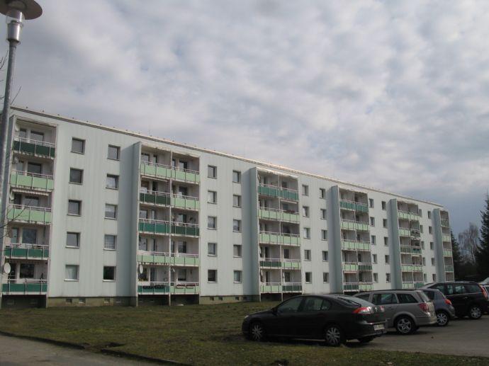 3- Raum Wohnung Kult DDR - Neubau Plattenbau - Ruhige und ländliche Lage