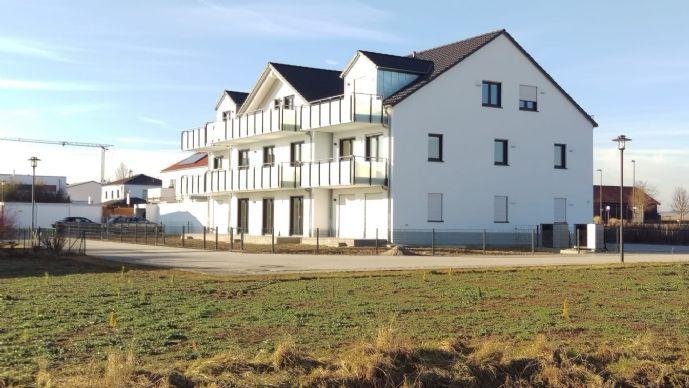 Sonnige, ruhige 3 Zimmer-Wohnung mit Terrasse einem Gartenanteil sowie Garage und Stellplatz