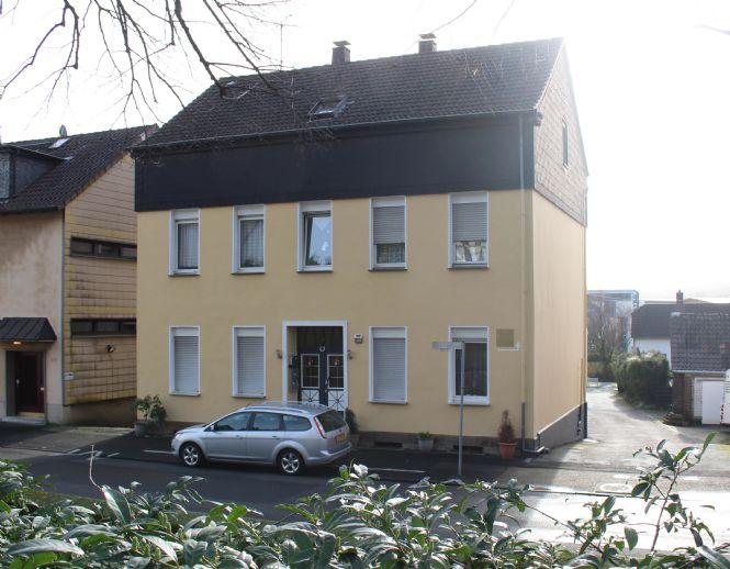!Achtung Kapitalanleger! Attraktives Renditeobjekt - MFH und Lagergebäude in Schwerte