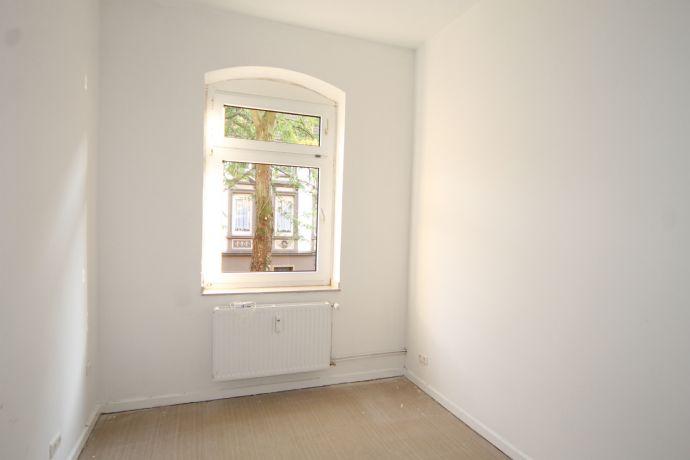 Gemütliche Dachgeschosswohnung mit begrünter Innenhofanlage!