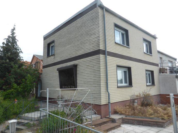 Großes Einfamilienhaus in Top Lage - RESERVIERT