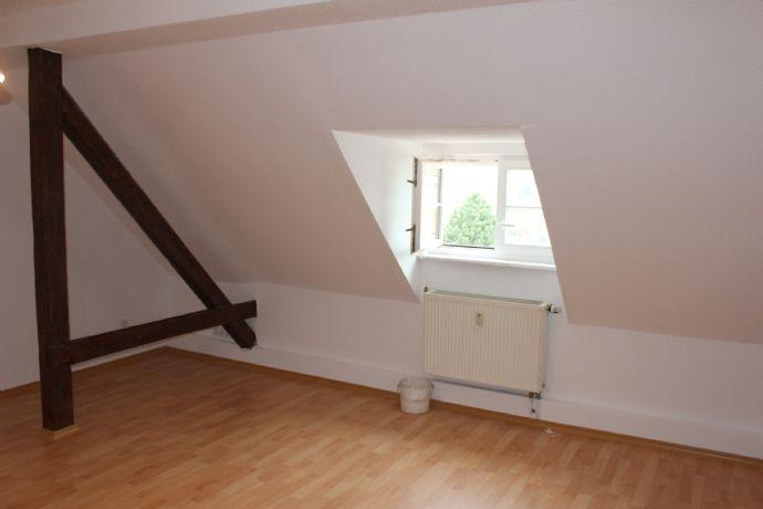 Ruhige, kleine 3-Raum-Wohnung in der Südstadt