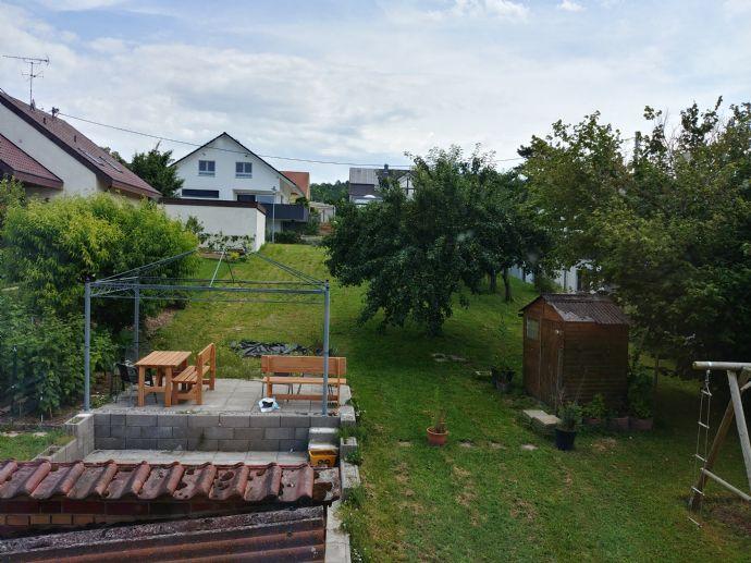Eberdingen Gepflegtes 2-Familienhaus mit großem