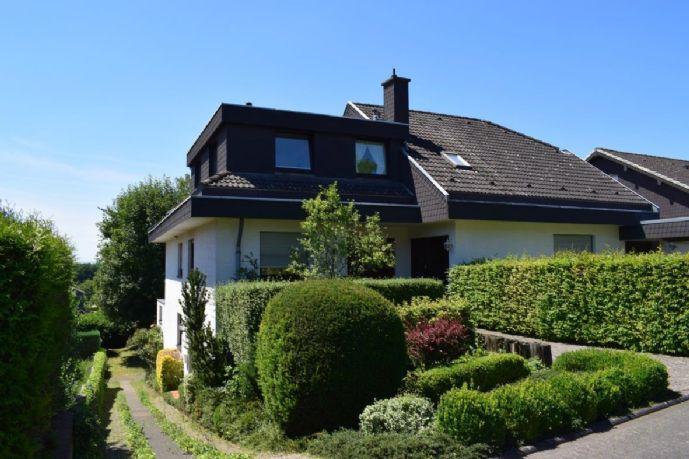 Exklusive Maisonette-Wohnung inkl. Einbauküche, 48 qm Terrasse und Gartennutzung