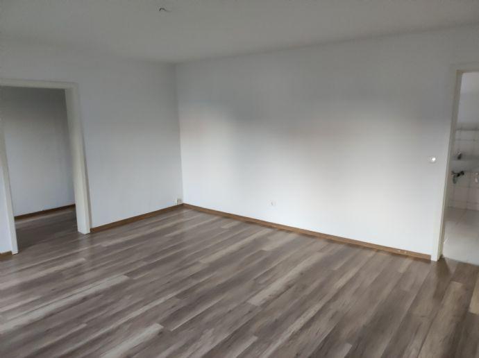 2 Wohnungen mit je 2 Zimmern in Strausberg, 1x EG, 1x im OG