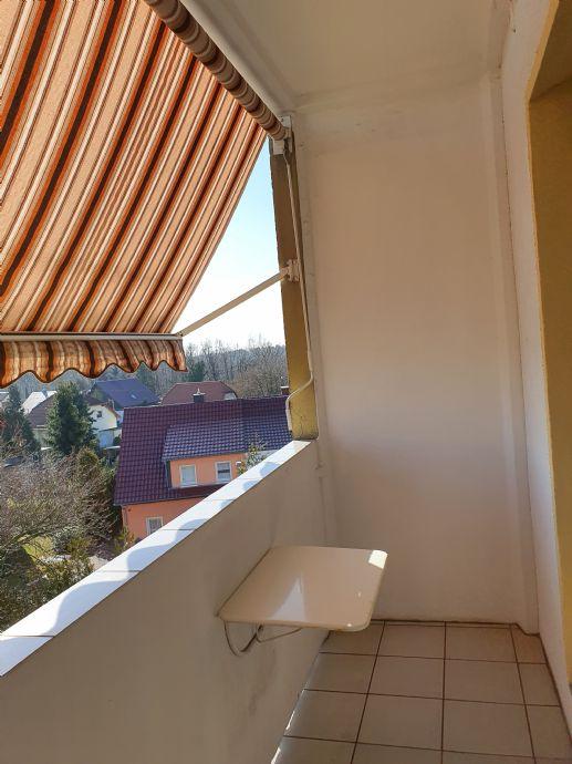 3 Zimmer- Wohnung mit Balkon zum Einziehen und Wohlfühlen in Ottendorf-Okrilla