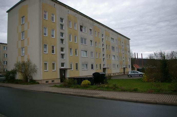 4-Raum-Wohnung mit Balkon in ruhiger Lage von Kahla