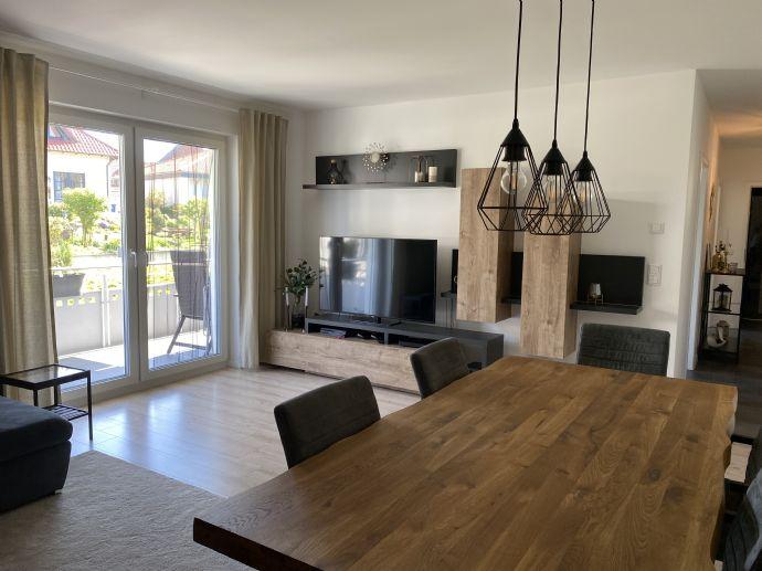 3 Zimmer Wohnung , Energieeffizienzhaus KFW 55, Baujahr 2019