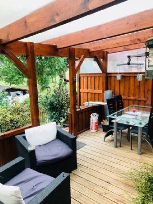 Charmantes Endreihenhaus - 3 Zimmer - mit neuwertiger Ausstattung - Terrasse und Garten