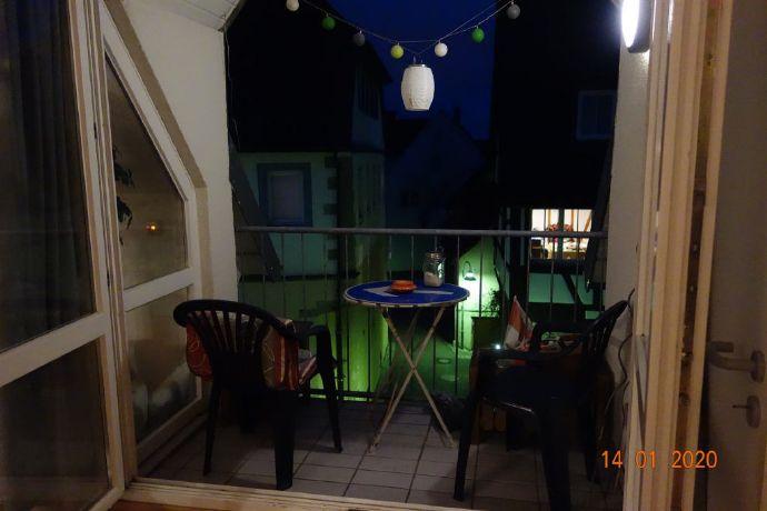 Zentral gelegene schicke 3,5-Zimmer Maisonette-Wohnung mit 2 Bädern