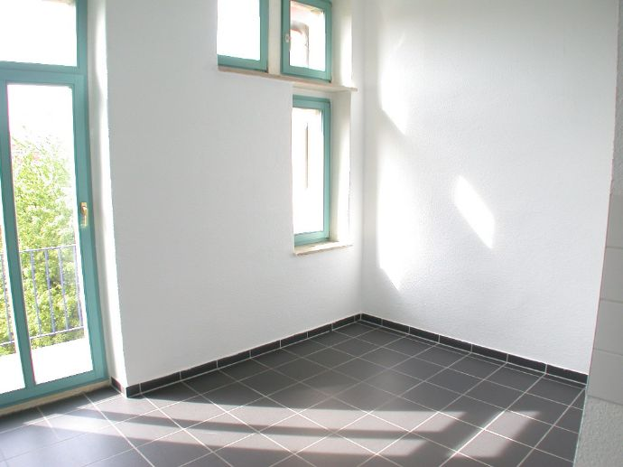 Cotta - 2 Zimmer - Wohnküche - großer Garten - moderater Preis