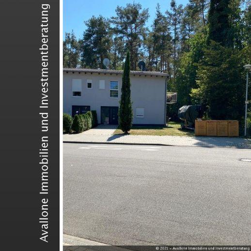 große, teilweise möblierte Wohnung mit Garten in der Waldstadt