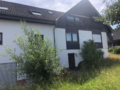 Freistehehendes Zweifamilienhaus in ruhiger Toplage in Weilburg-Hirschhausen