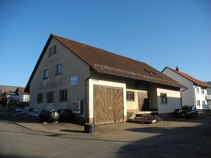 Haus mit Ausbaupotential und vielfältigen Nutzungsmöglichkeiten!