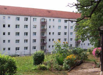 Schöne und helle 4-Zimmer-Wohnung mit Balkon