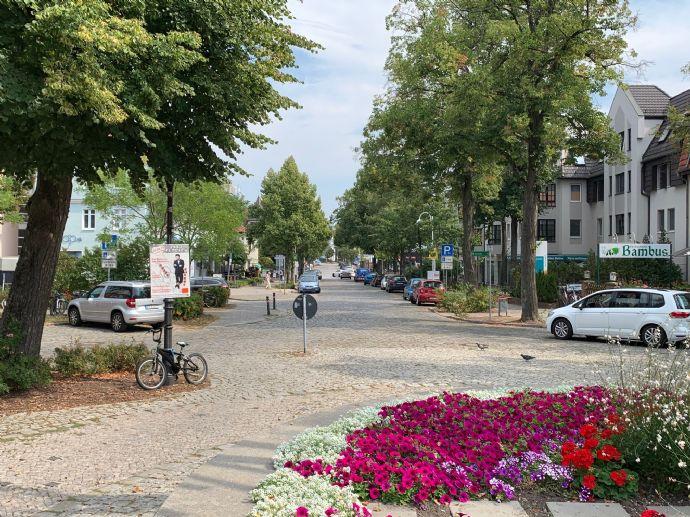 Baugrundstück mit Bauvorbescheid (Wohnungsbau) im Zentrum von Mahlow!