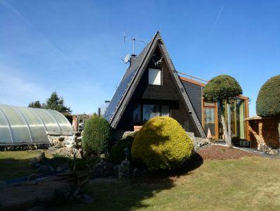 Schönes Anwesen mit extravaganten Einfamilienhaus!