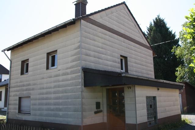 *IKC* Selbst anpacken und sparen – Freistehendes Haus in Hennef-Uckerath