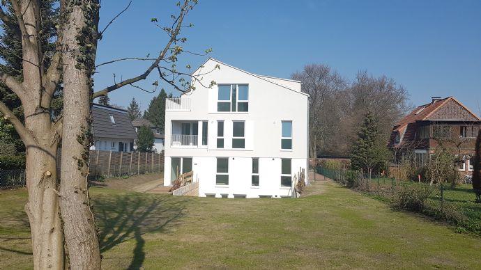 Zum Toben in den Garten! // 4 Zi-Maisonette-Whg mit ca. 620 m² großem Süd-Garten