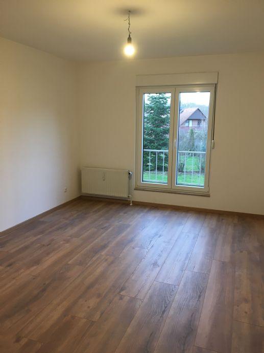 Erstbezug nach Sanierung! - Große 3-Zimmer-Wohnung im Kanzlerfeld